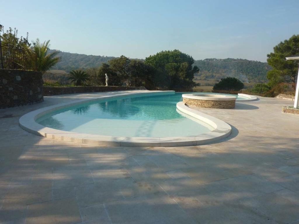 piscine saint tropez